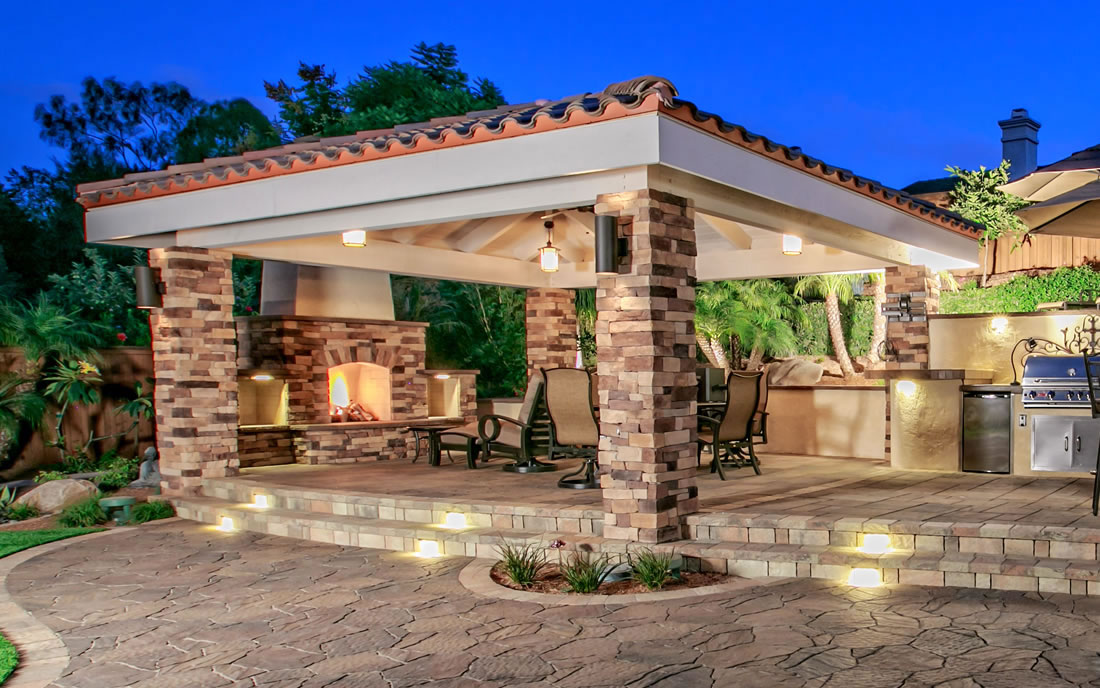 Outdoor Living Spaces with BBQ Island